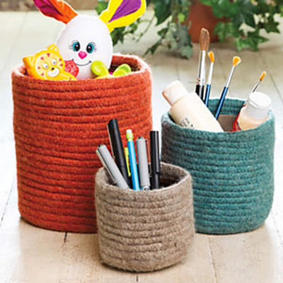 http://www.ravelry.com/patterns/library/matryoshka-baskets